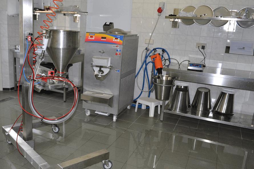 Wir kümmern uns um die gesamte Ausrüstung des Produktionsraumes
